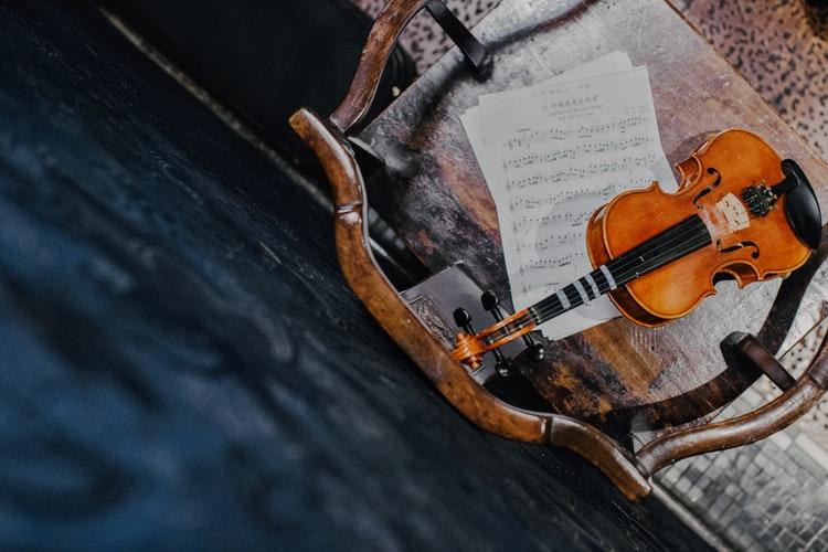 آشنایی با ساز ویولن