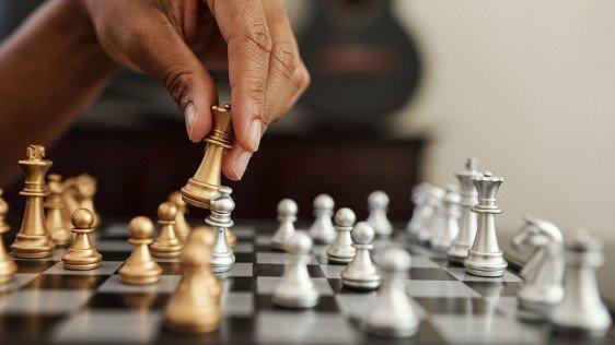 کلاس مقدماتی شطرنج